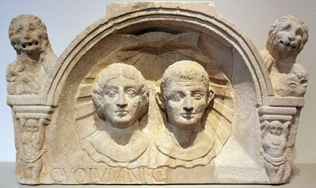 Tombstone of Gaius Volumnius and his wife, c. 1–50 AD.
