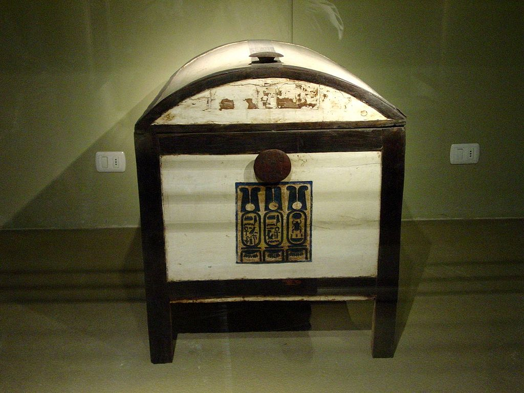 Wooden chest of Tutankhamun. Egyptian Museum, Cairo.