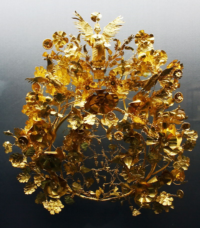 Golden wreath, c. 370-360 BC, from southern Italy.