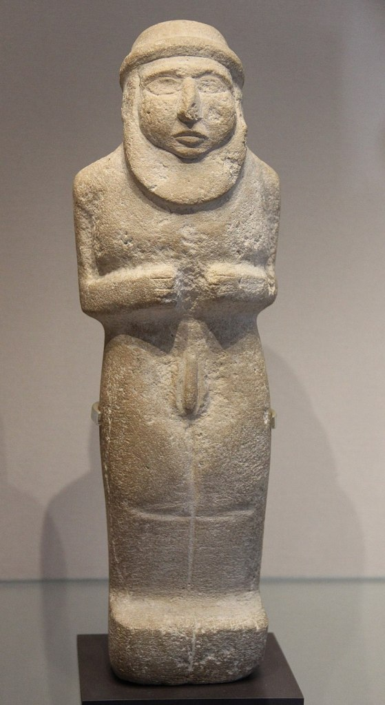 Sculpture of the ritually nude 'Priest-King', Late Uruk. Louvre.
