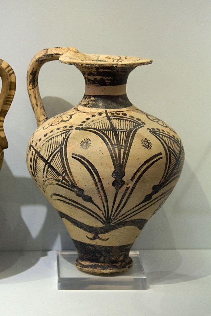 Floral Style ewer with papyrus, from Palaikastro, 1500-1450 BC.